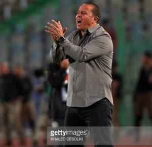 المدرب شوقي غريب ومدرب المنتخب المصري