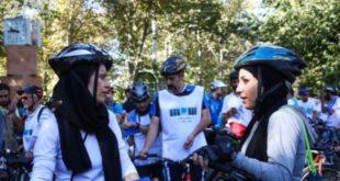 نساء و قيادة الدراجة الهوائية، من امرأة