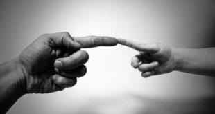 الإنسانية... بقلم: الكاتب صلاح الشتيوي... موقع مقال